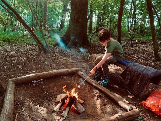 Camping with campfires in Sussex