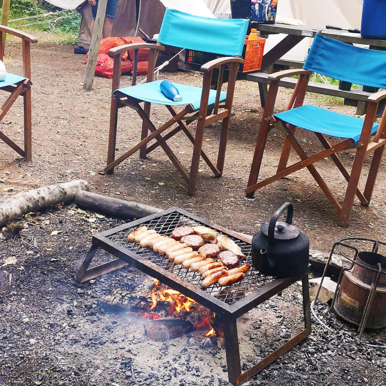 Easy camping meals for groups - the bbq